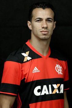 Números de Leandro Damião pelo Flamengo:  3 Jogos (1 de titular) 2 Gols (de pênalti) 1 Assistência 1 Cartão Amarelo