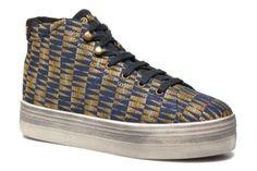 Het merk No Name werd opgericht in 1991 door de beroemde schoenenontwerpers van Rautureau, aan wie we de luxueuze, uiterst trendy Free Lance schoenen te danken hebben, of de Schmoove, die de voeten van onze vriendjes zo mooi sieren. Het modehuis Rautureau ...