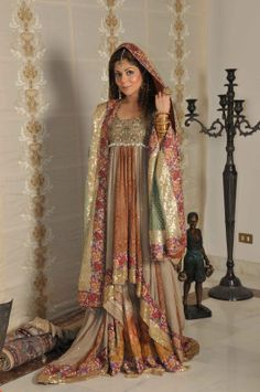 Pakistani Wedding Dresses | ... maintaining the traditional looks of the pakistani wedding dresses too