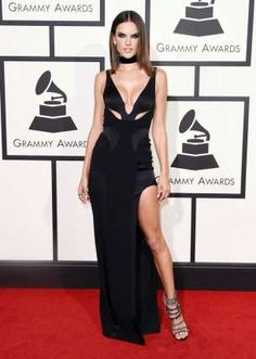 The 59th annual Grammy Awards will hold this Sunday 12th February and we can't wait to see what the stars will wear.