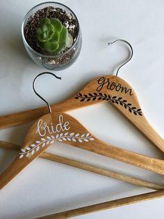 Bride and Groom Hanger Set | Wedding Hanger | Bride | Groom | Wedding Gift | Wood Hanger | Personalized Hanger