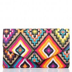 tribal print clutch from Shoedazzle. Lately I've been really into tribal print. Multiple Outfits, Shoe Dazzle, Tribal Prints, Fashion Accessories, Fashion Bags, Women's Fashion, Purses And Bags, Girly, Istanbul