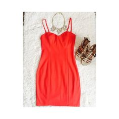 ✨2x HP✨H&M Coral Dress Very flattering dress. Has removable straps to make it sleeveless, built in bra with underwire, and zipper up the side. Host pick. H&M Dresses Mini