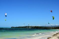 kitesurfing in Bulabong beach Party Scene, Snorkelling, Kitesurfing, Top Destinations, Travel Couple, Lonely Planet, Travel Essentials, Backpacking, Philippines