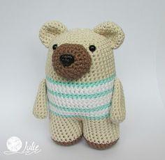 Julie crocheting. Handmade from heart: Мишка Donato