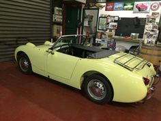 King of the Road Transport This is how we Make it happen. #LGMSports move it with http://LGMSports.com MY NEW HEALEY !