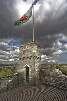 Celtic: Welsh Dragon flag, Cardiff Castle Keep, Wales, by wentloog.