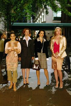 A look back on some of Samantha Jone's most iconic Sex and the City ensembles....