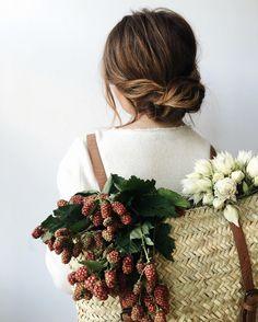 Backpack full of flowers //