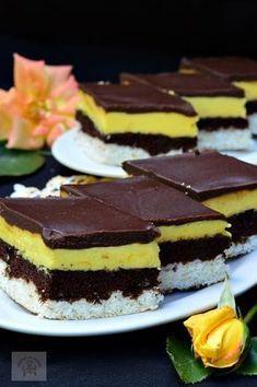 Romanian Desserts, Romanian Food, Sweets Recipes, Cake Recipes, Cooking Recipes, Homemade Sweets, Good Food, Yummy Food, Yogurt Cake