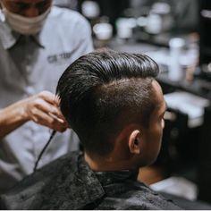 Latest Mens Hairstyles + Haircuts 2017 - Gentlemen Hairstyles