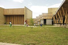 Children's Center in Colombia Has Innovates Both Learning and Design
