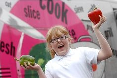 """Stoke-on-Trent primary school cooks to pass on skills to pupils with the Cooking bus"""