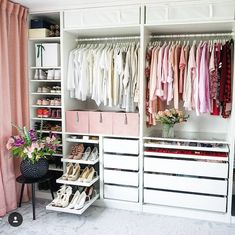Walk In Closet Ideas - Do you require to whip your small walk-in closet into shape? You will certainly love these 20 extraordinary small walk-in closet ideas and also makeovers for some . Walk In Closet Design, Bedroom Closet Design, Master Bedroom Closet, Closet Designs, Home Bedroom, Bedrooms, Wardrobe Room, Ikea Pax Wardrobe, Dressing Room Design