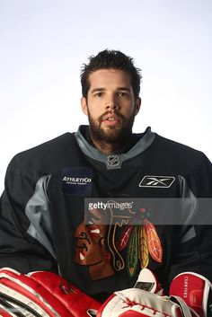 Sexist Blackhawk on the team Corey Crawford! Hockey Baby, Hockey Goalie, Hockey Teams, Hockey Players, Blackhawks Players, Chicago Blackhawks, Corey Crawford, Hockey Rules, Nhl News