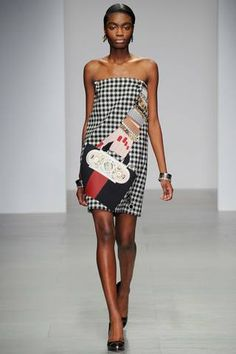 Holly Fulton Fall 2014 Ready-to-Wear Collection Slideshow on Style.com