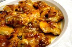 Sojasaus en abrikoos zijn de basis ingrediënten voor deze smakelijke glazuur. Dit recept is perfect om doordeweeks te bereiden en samen te eten met wat vers gemaakte witte jasmijn rijst. Ingrediënten (5 porties) : 1 eetlepel olijfolie 6 kippenborstfilets...