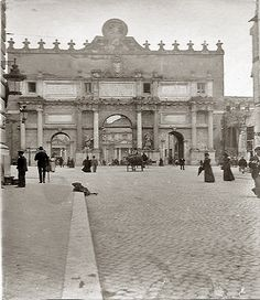 Piazzale Flaminio, via Flaminia e Porta del Popolo Anno: 1900 ca. Best Cities In Europe, Old Photography, Vintage Italy, Amazing Spaces, Old City, Beautiful Places To Visit, Rome Italy, Roman Empire, Architecture Details