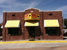 GUS'S WORLD FAMOUS FRIED CHICKEN, Memphis - 730 S Mendenhall Rd, Downtown - Restaurant Reviews & Phone Number - Tripadvisor