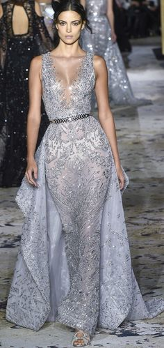 See all the Zuhair Murad Haute Couture Spring 2018 looks from the runway. Zuhair Murad, Style Couture, Haute Couture Fashion, Spring Couture, Evening Dresses, Prom Dresses, Formal Dresses, Fashion Week, Fashion Show