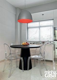 mesa-redonda-preta-design-