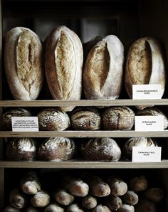 Assortment of bread. Photo by Sharyn Cairns Rustic Bread, Gula, Bread And Pastries, In Vino Veritas, Tortilla, Artisan Bread, Bread Baking, Bread Oven, Bread Food