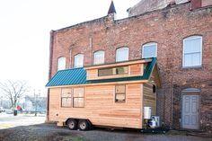 Lindley: A 160 (20′ x 8.5′) square feet tiny house on wheels in Greensboro, North Carolina. Built by Tiny Life Construction.