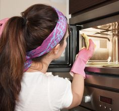 How to get burn smell out of microwave. Unfortunately I had to do this today.
