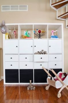 Quick And Convertible Toy Storage Hack Large Toy Storage, Diy Toy Storage, Small Space Storage, Storage Design, Storage Ideas, Storage Hacks, Makeup Storage, Storage Solutions, Diy Ikea Kallax