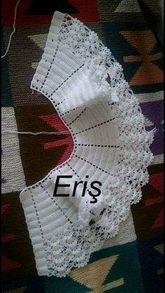 Irish lace, crochet, crochet p - Salvabrani Hand crochet/crocheted dress for your special little girl. This Pin was discovered by jr - Salvabrani Batita p/chambrita [] # Move Robe Crochet Girl Vest Recipe – Salvabrani # Girl # Robal … - Ne Crochet Lace Collar, Crochet Baby Jacket, Gilet Crochet, Crochet Vest Pattern, Crochet Cape, Crochet Baby Clothes, Baby Knitting Patterns, Baby Patterns, Hand Crochet