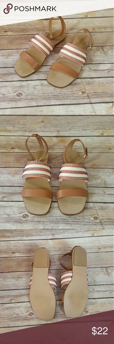 "Splendid (NWT) ""Tessa"" Tan Sandals w/ Cloth Band Cute for spring/summer season! New with original box! No trades accepted. Open to reasonable offers. Any questions, let us know! Splendid Shoes Sandals"