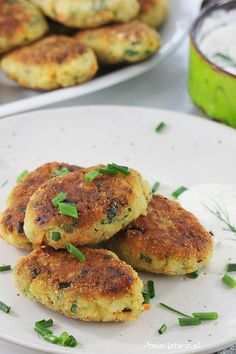 Kotlety z cukinii. Vegetable cutlets with zucchini. Vegetable Cutlets, Clean Eating, Healthy Eating, Polish Recipes, Polish Food, Cooking Recipes, Healthy Recipes, Best Dishes, Salmon Burgers