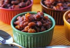 that's some good cookin': Barbecue Baked Beans Barbecue Sides, Barbecue Sauce, Bbq, Veggie Recipes, Crockpot Recipes, Rub For Pork Ribs, Slow Cooker Ribs, Legumes Recipe, Getting Hungry