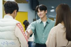 "[Photos] New Stills and Behind the Scenes Images Added for the Korean Drama ""Melting Me Softly"" @ HanCinema :: The Korean Movie and Drama Database Hidden Movie, Movie Of The Week, Hallyu Star, Scene Image, Korean Wave, Ji Chang Wook, Best Actor, Korean Actors, Korean Drama"