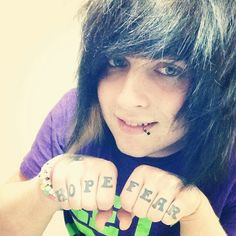 Drake christopher from Catching your clouds ^. Danisnotonfire, Amazingphil, Cute Emo Guys, Scene Guys, Three Days Grace, Types Of Guys, Falling In Reverse, Tyler Oakley, Emo Hair