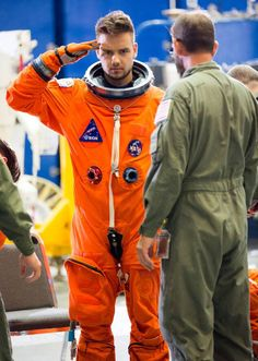 Niall Horan from Behind the Scenes of One Direction's Drag Me Down Video One Direction Facts, One Direction Imagines, One Direction Pictures, One Direction Shirtless, Liam Payne, Liam James, James Horan, Big Love, Niall Horan