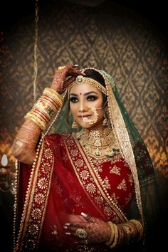 Indian Wedding Gowns, Indian Wedding Makeup, Indian Bridal Lehenga, Indian Bridal Outfits, Wedding Lehenga Designs, Designer Bridal Lehenga, Bridal Makeup Images, Bridal Photoshoot, Indian Wedding Photography