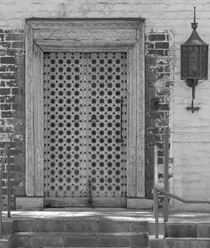 I fell in love with this door the minute I saw it.