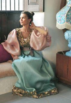 To customised this garment log on to www. Abaya Fashion, Fashion Line, Muslim Fashion, Girl Fashion, Fashion Outfits, Fashion Design, Modest Dresses, Pretty Dresses, Mode Abaya