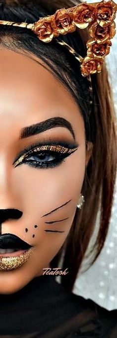 Halloween – Make-up Schminke und Co. Halloween – Make-up Schminke und Co. Halloween Makeup Looks, Halloween 2018, Cute Halloween, Cat Halloween Costumes, Sexy Cat Costume, Tiger Costume Women, Cat Costume Makeup, Halloween Ideas, Beautiful Halloween Makeup