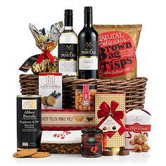 A classic Christmas hamper that's the ideal choice for clients, friends or family this Christmas. Shop today and discover over 140 Christmas hampers Traditional Hampers, Wicker Hamper, Christmas Baskets, Mince Pies, Christmas Crackers, Savory Snacks, Christmas 2014, Along The Way, Wine Recipes