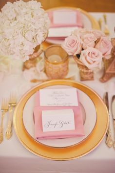 Gold Simple charger with pink napkin, menu card and place card  #weddings #Botanica #weddingdecor