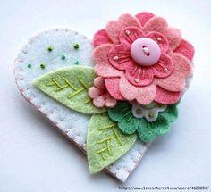 blue flower beaded and embroidered felt heart Felt Flowers, Fabric Flowers, Fabric Crafts, Sewing Crafts, Felt Embroidery, Felt Brooch, Felt Fabric, Felt Diy, Felt Hearts