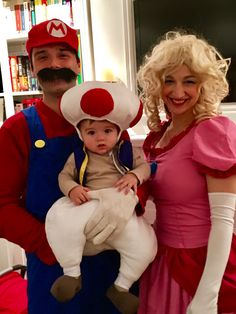 Baby Toad costume with Mario Bros u0026 Princess Peach  sc 1 st  Pinterest & Nintendo Family - Halloween Costume Contest at Costume-Works.com ...
