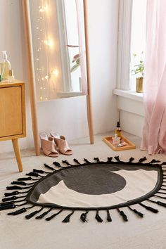 Tasseled Eye Rug - Home and Garden Decoration Diy Interior, Interior Design, Luxury Interior, Luxury Furniture, Home Decor Accessories, Decorative Accessories, Decorative Items, Handmade Home Decor, Diy Home Decor