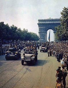 ARC DE TRIOMPHE; PARIS, FRANCE -- 1944