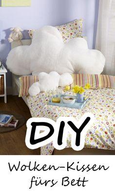 Mitt diesem Wolken-Kissen haben Sie bestimmt plüschig weiche Träume... ZUR DIY-IDEE >>>