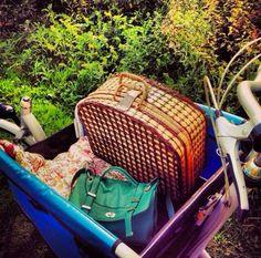 Bakfiets vol picknick spullen en gaan!