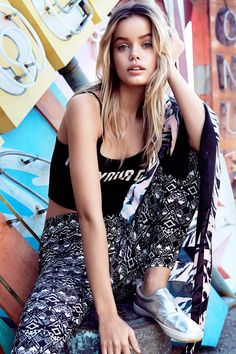 """Express yourself with a statement """"Not Your Girl"""" crop top & some bold geometric leggings.│ H&M Divided"""