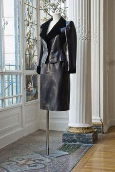 Yves SAINT LAURENT, haute couture, n°54757, Automne - Hiver 1982 Ensemble